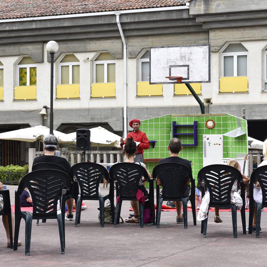 Actuacións e actividades da Feira da Cebola Chata de Miño